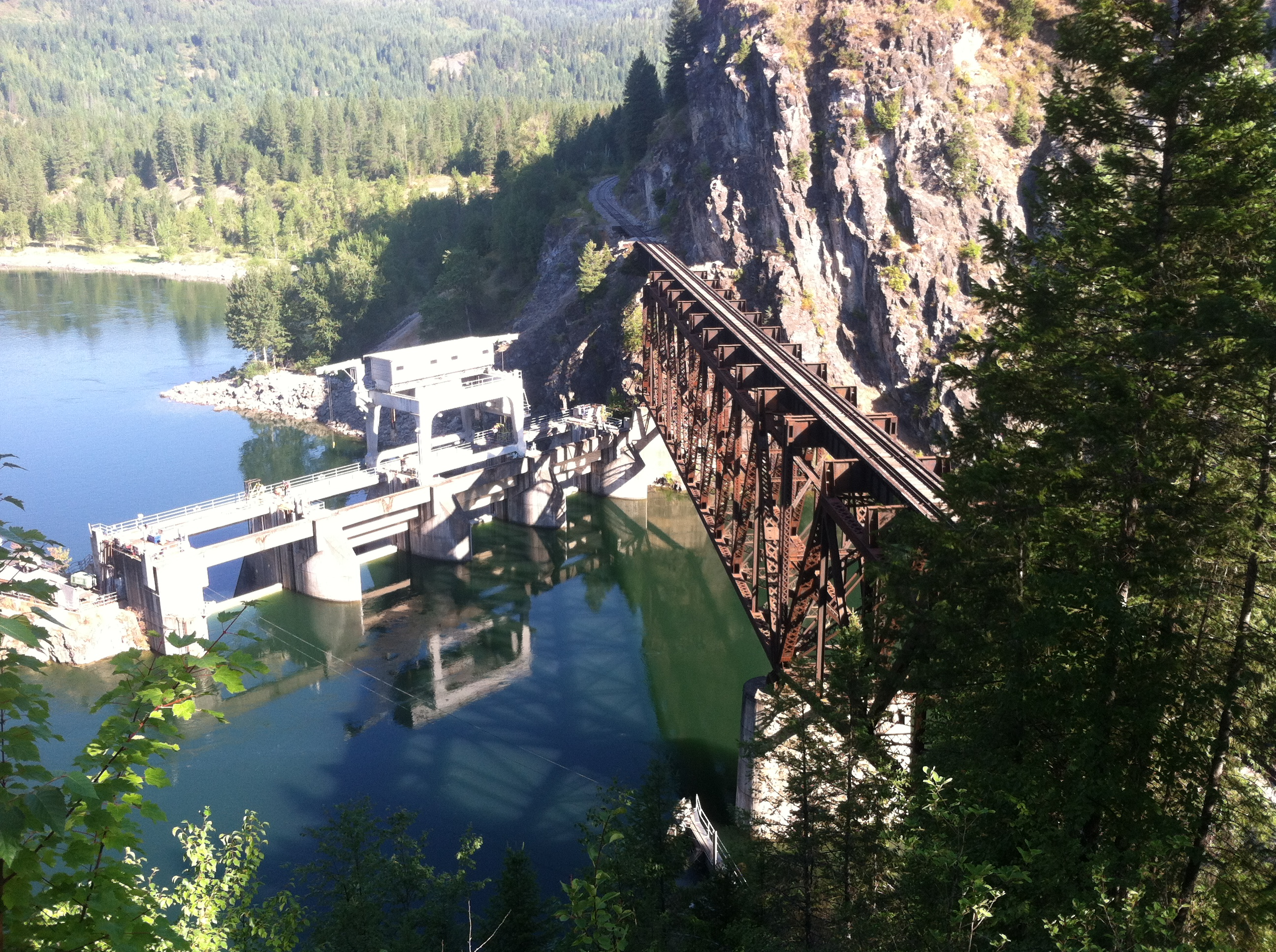 Historic-era fishing weir observable in the river during low water season. HRA performed all phases of cultural resources compliance for Avista's relicensing of five hyrdoelectric projects in eastern Washington and northern Idaho.